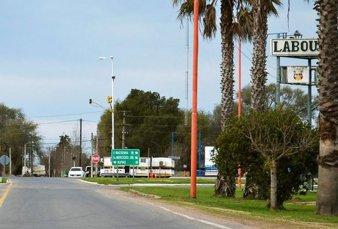 Por colapso, Santa Fe y Córdoba analizan endurecer restricciones