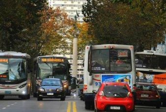 Advierten que peligran 59.000 puestos de trabajo por la crisis en el transporte de ómnibus