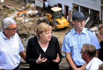 Merkel pidió acelerar la lucha contra el cambio climático
