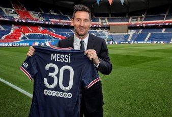 Messimanía: tras la firma del contrato el PSG ya puso a la venta las camisetas del crack