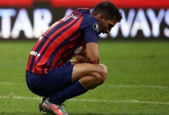 La FIFA inhibió a San Lorenzo por tres mercados de pases