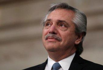 El kirchnerismo vacía el gabinete y Fernández suma apoyos para resistir