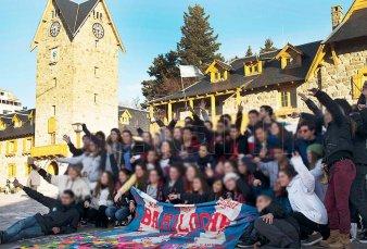 Vuelven los viajes de egresados a Bariloche y Villa Carlos Paz