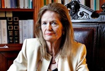 En forma sorpresiva, Highton renunció a la Corte y el Gobierno perdió su único voto