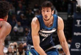 Bolmaro, el debutante argentino más joven de la NBA