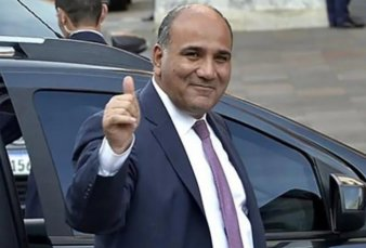 Manzur viaja a EE.UU. para aceitar los vínculos con el gobierno de Joe Biden