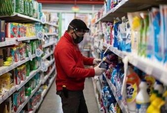 El Gobierno congela los precios de 1.247 productos básicos durante 90 días