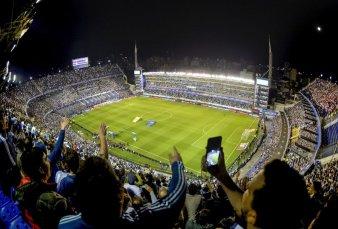 Desde hoy vuelve el público a los estadios y el foco estará puesto en el Superclásico